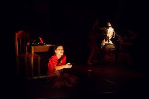 Peça Pragas do grupo Refinaria Teatral
