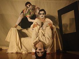 Peça Espelho do grupo Refinaria Teatral