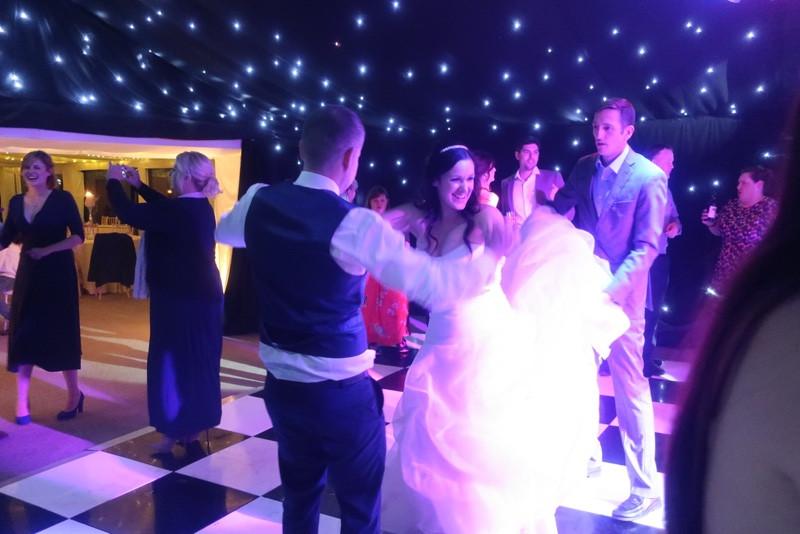 Imagine Wedding & Party Entertainment 4.