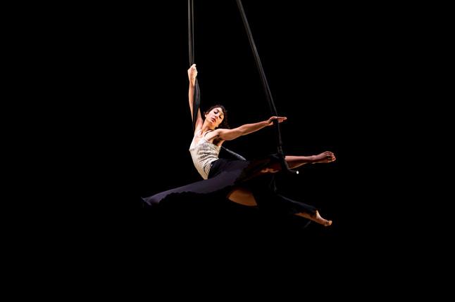 """Cirque Plume: """"L'atelier du peintre"""""""