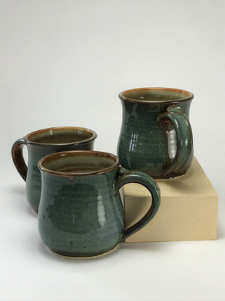 Short Floating Green Mugs