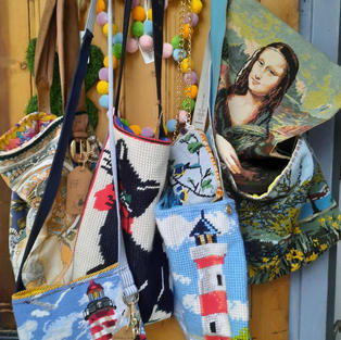 These cute bags are made from remnants of either Liberty print Tana Lawn, or vintage kimono fabrics. Perfect for helping to keep small items together when packing for your holiday, or use as a gift bag for a special present.