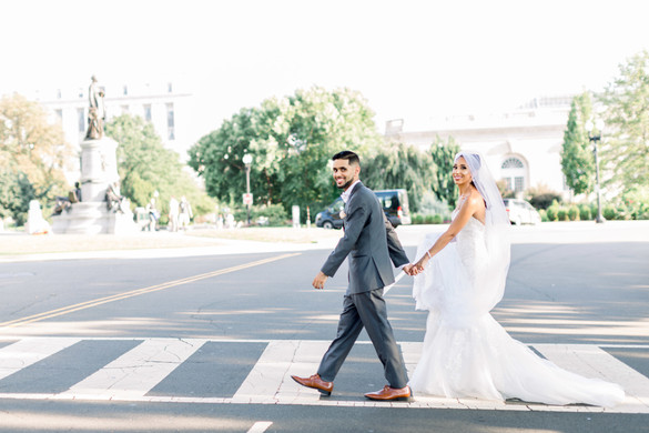 capitol bride and groom portrait
