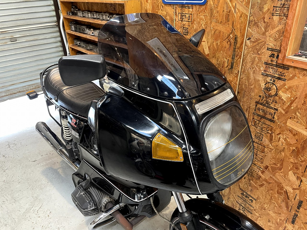 BMWR100RS10