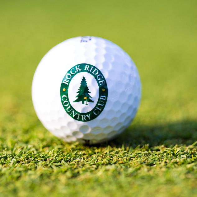 Golf ball with logo.jpg
