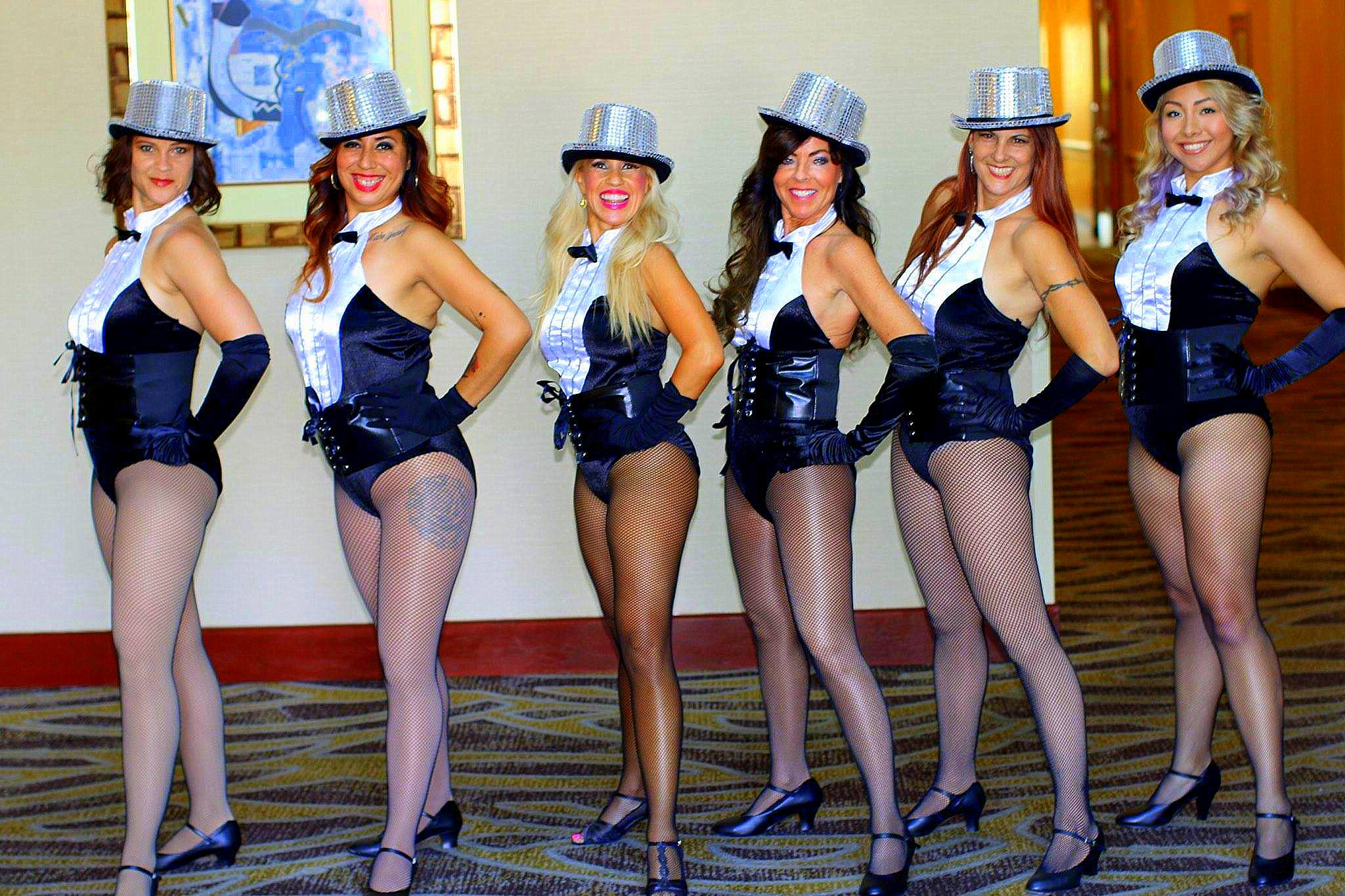 Burlesque Performing Girls 2015