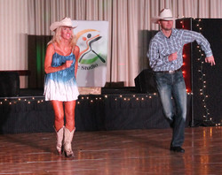Country dancing by Peggy & Rosta