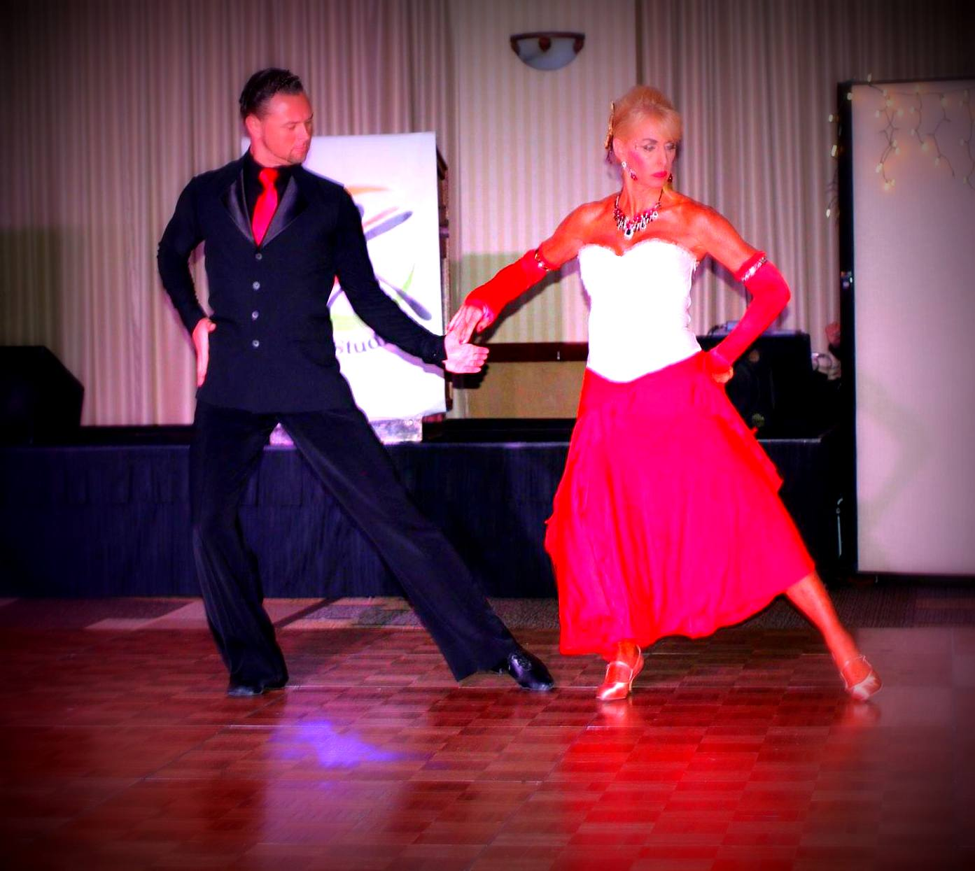ballroom dance lessons classes in