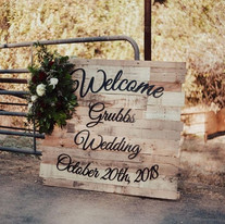 Ask about our Custom Wedding Packages💒�