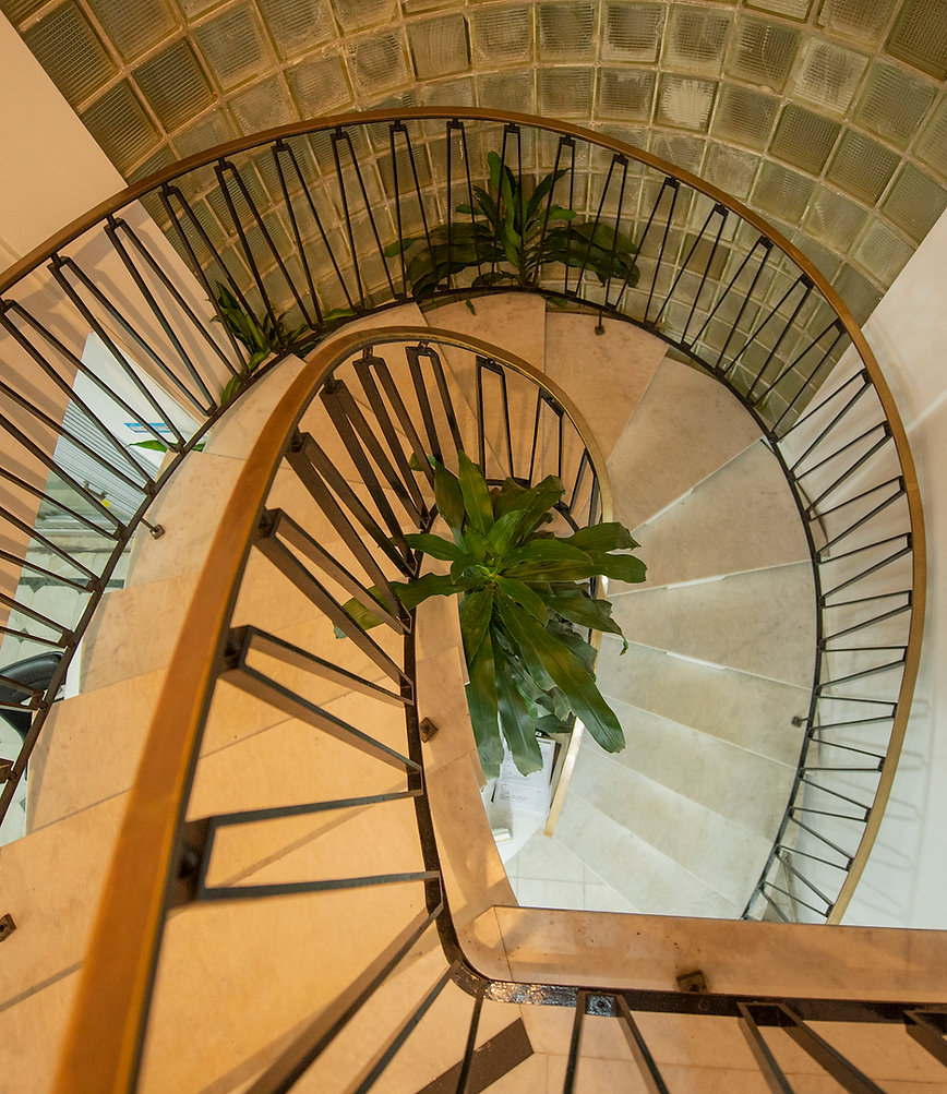 bage-escada.jpg