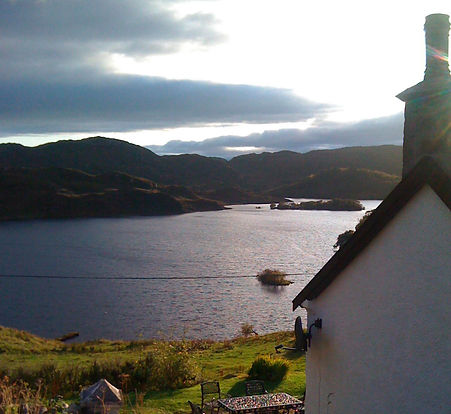 Glencorse holiday cottage Drumbeg loch view