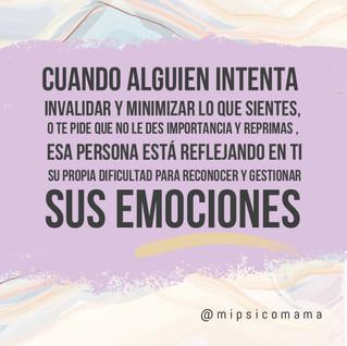 Minimizar emociones