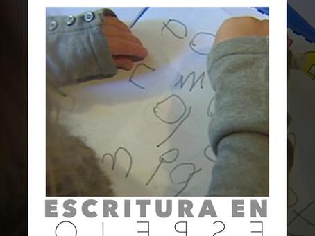 Escritura en espejo o escritura especular