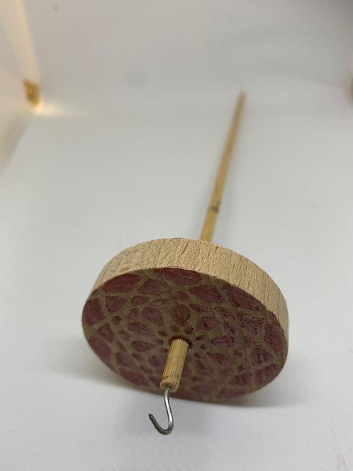 Handgefertigte leichte Holzspindel