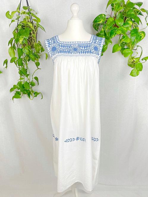 Aguacatenango dress - French blue embroidery