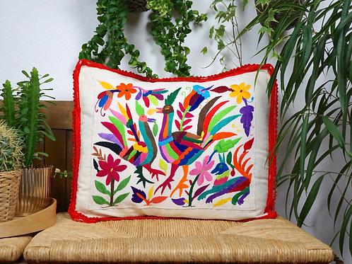 Multicolor Otomi pillow cover - Gallos locos