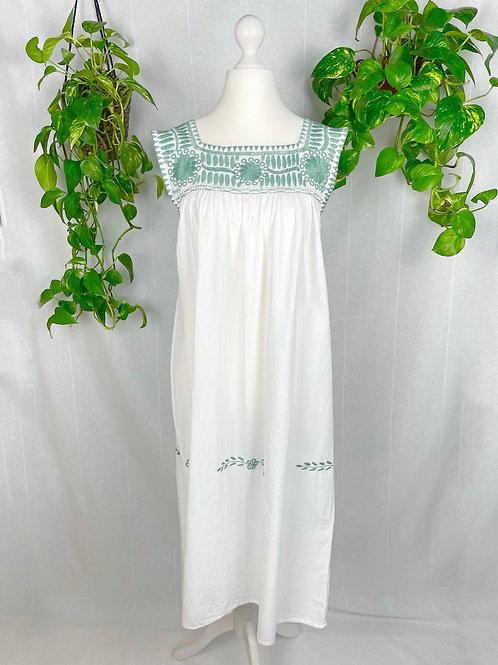 Aguacatenango dress - Sage embroidery