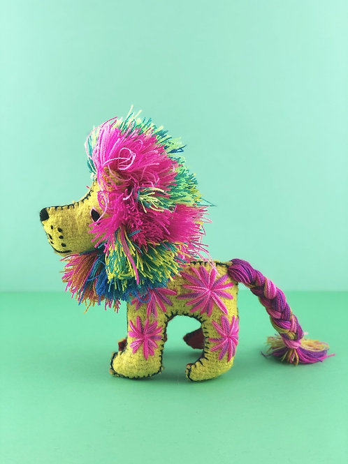 Handmade wool lion medium size