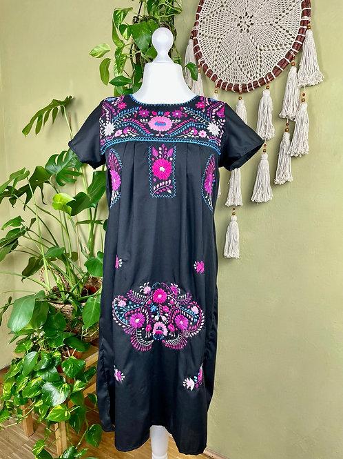 Black Puebla dress - Large