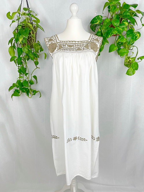 Aguacatenango dress - Khaki embroidery