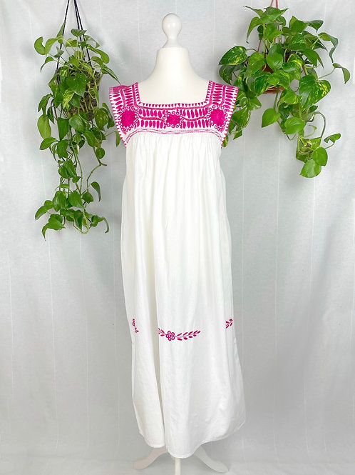 Aguacatenango dress - Hot pink embroidery