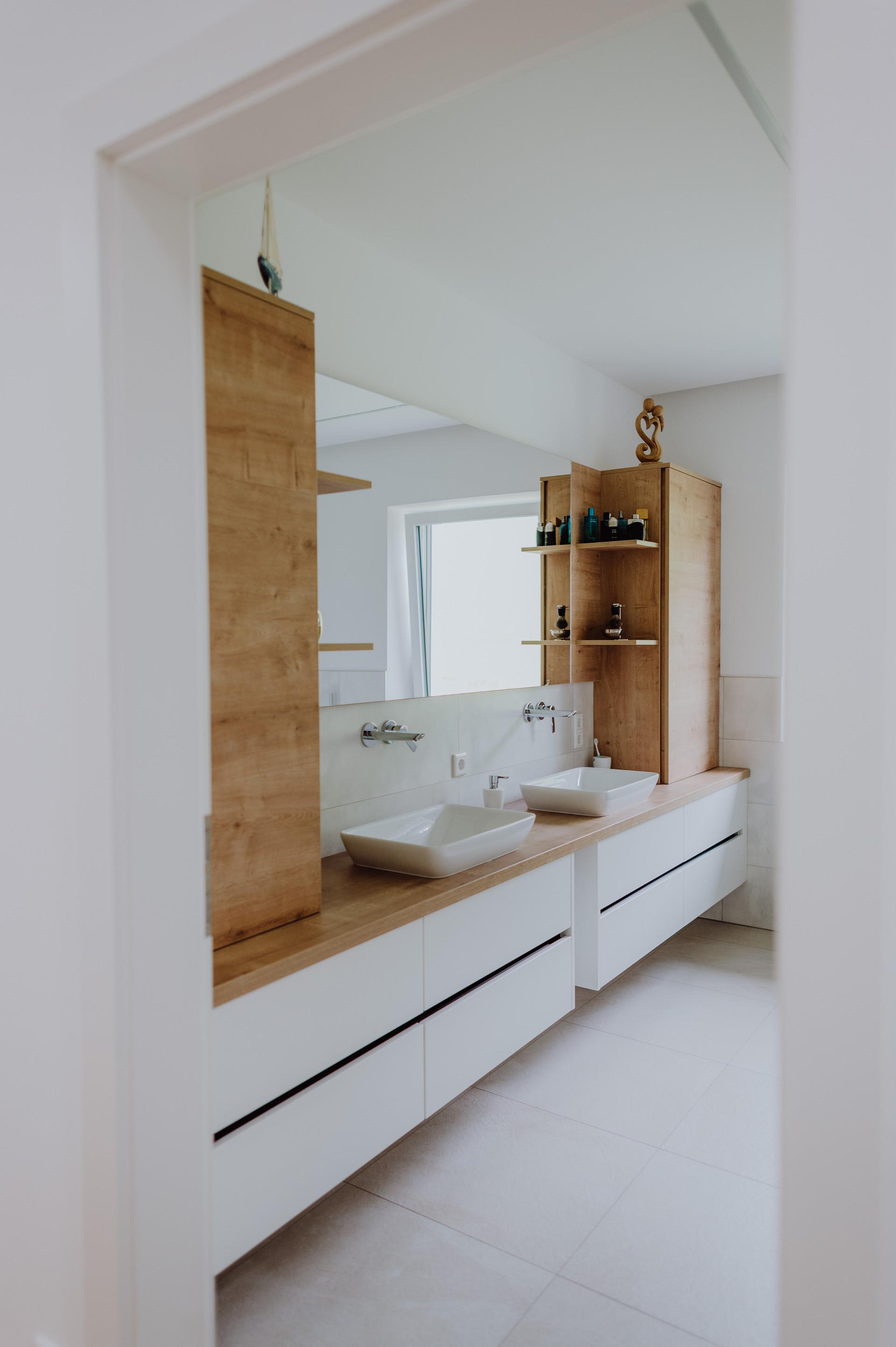 Raum8 Inneneinrichtung Wohnraumplanung Wohnraumplan Einrichtugnsplaner Planungsbüro Wohnen Türen Schlafen Küchen Küchenstudio Küchenplaner Küchenplanung Mühlviertel Peilstein