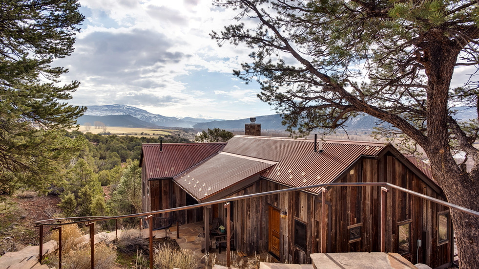 The Sopris Sundeck: unbelievable views and luxury finishes. The perfect place to explore the Roaring Fork Valley!