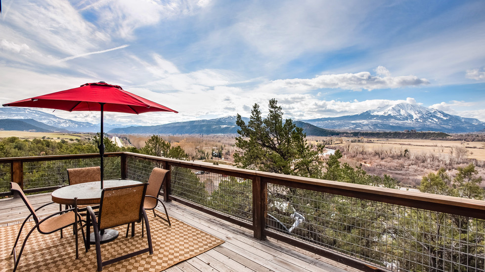Expansive deck overlooking the whole valley! You are right near Highway 82 for quick access to Aspen, Basalt, Carbondale, and Glenwood Springs.