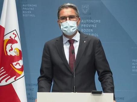 """Alto Adige """"zona rossa"""". Ospedali in affanno a Napoli"""