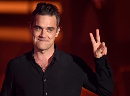 La reunion perfetta. Robbie Williams torna ad esibirsi con i Take That per un evento di beneficienza