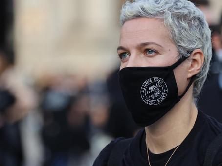 """""""Bauli in Piazza"""" il Movimento nato a difesa del settore dello spettacolo scende in piazza a Roma"""