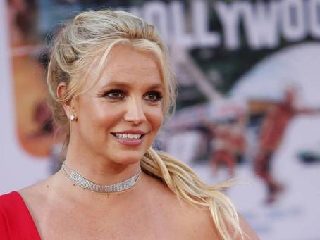 Le facoltà di Britney Spears come quelle di una persona in coma. Lo dice il suo avvocato.