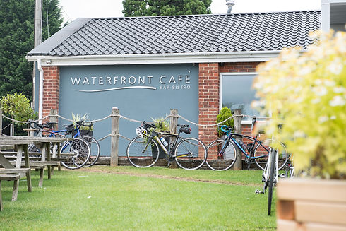 waterfront cafe_12.7.17_096.jpg
