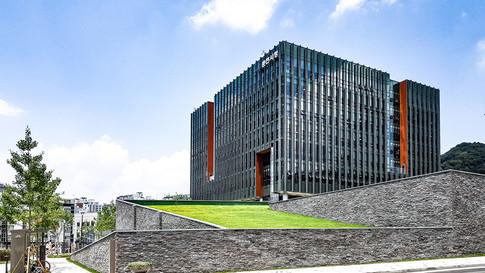 [춘천시청사] Chuncheon city hall  Client: Chuncheon city  Program: Goverment office, Community Facilities, park place  Scale: 33,365 sqm  Status: competition 1st prize/ built