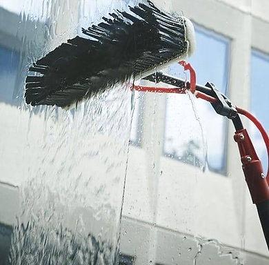 Pure_Water_Cleaning_Windows.jpg