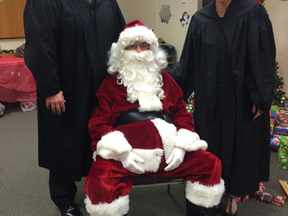 ACBA YLD Hosts Children's Holiday Party at Atlantic County Civil Courthouse