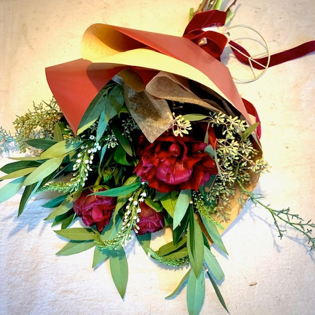 """Holiday Bouquet"""