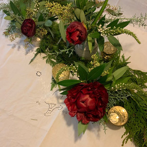 """""""Holiday Tablescape Kit"""""""