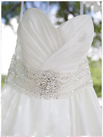 weddingdress1.jpg