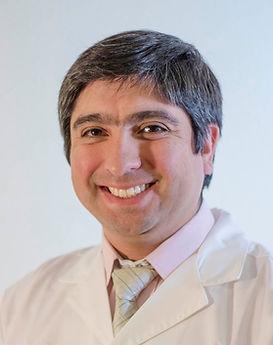 DR. LUIS ZAPATA_edited.jpg