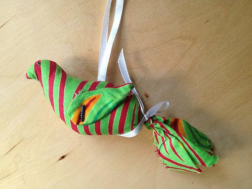Hanging bird decoration - green