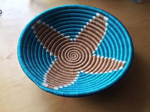 Woven sisal fruit basket
