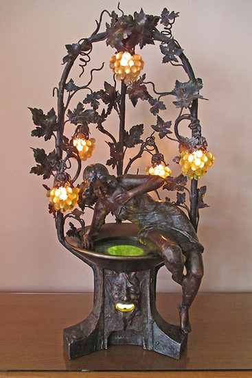 Figural Victorian Lamp, Lampara Victoriana