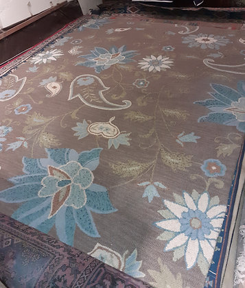 Hand Made Rug from India, Floral Design, 8' x 11'