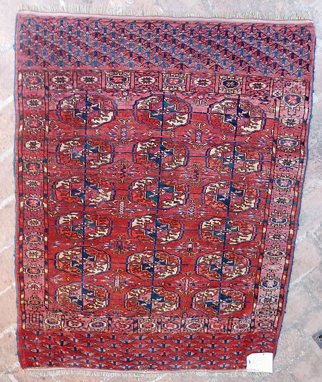 yomut-turkoman-rug-wool-tekke