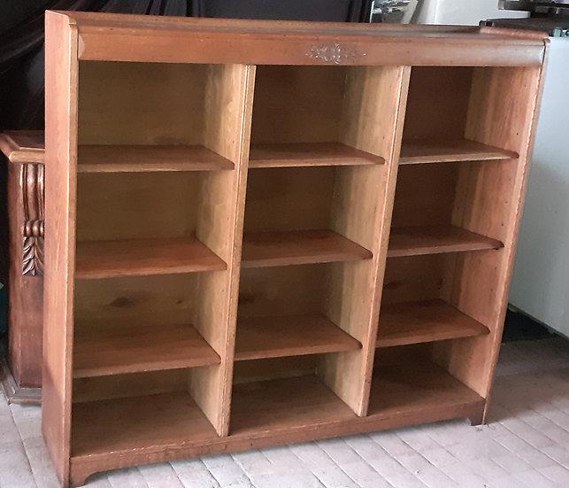 Adjustable Oak Bookcase