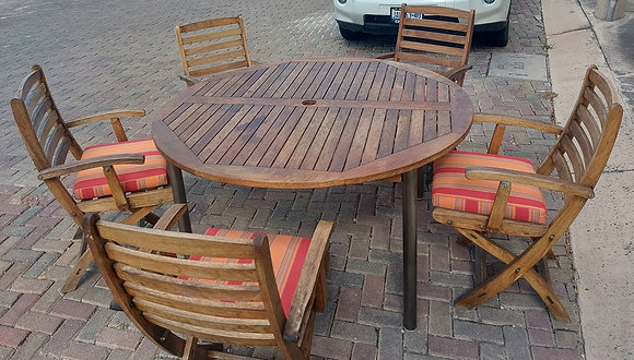 Vintage Teak Table and 5 chairs, Hole in Table for Umbrella