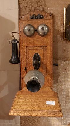 Stromberg-Carlson-Wall-Phone-Circa-1900-10-oak-chicago