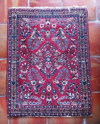 Sarouk-mat-semi-antique-