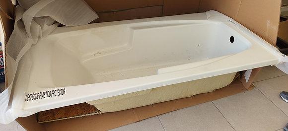 """American Standard Bath Tub, NIB, 6' by 3' - 18"""" deep-50% OFF"""